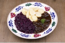 Zuurvlees met aardappels